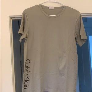 Calvin Klein Small Unisex t-shirt.